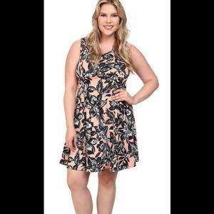 Karen Kane Tropicali Scuba Dress. 3X  $148